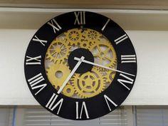 Часы с шестеренками из фанеры