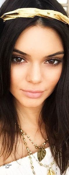 Natural beauty Kendall Jenner.