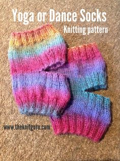 It's been a while since I posted a new pattern, so it's time.These socks are fantastic for yoga or dance, as your toes and heels are free to grip the floor, but your ankles stay war…