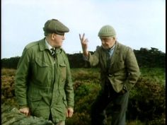 Episode Catching Digby's Donkey - Compo: I'll chase Nora Batty, but I'm NOT chasing a donkey. British Tv Comedies, British Comedy, Comedy Tv, Comedy Show, Last Of Summer Wine, English Comedy, Are You Being Served, Wine Collection, Vintage Wine