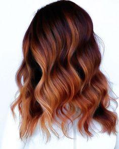 Copper Balayage Brunette, Auburn Hair Balayage, Hair Color Auburn, Hair Color Balayage, Brunette Hair, Ombre Hair Copper, Hair Colour, Dark Copper Hair, Dark Red Balayage