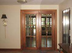 resultado de imagen para puertas de madera con cristal