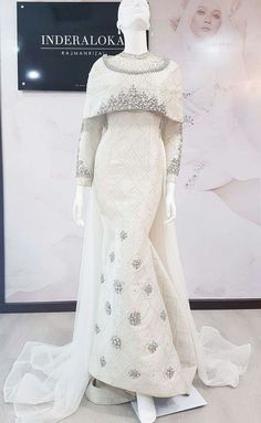 Muslimah Wedding Dress, Muslim Wedding Dresses, Muslim Dress, Bridal Dresses, Hijab Dress, Elegant Dresses, Beautiful Dresses, Malay Wedding Dress, Wedding Hijab Styles