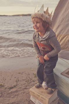 Baby Love Photography | Minneapolis, Minnesota | Stylized Children Shoot | Beyond The Wanderlust Fan Feature