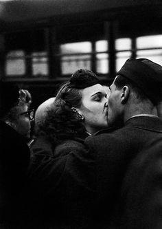 vintagegal:  Bidding Farewell at Camp Kilmer, 1952-Harold Feinstein