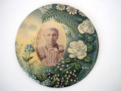 Victorian celluloid photo mourning button by Selective Salvage