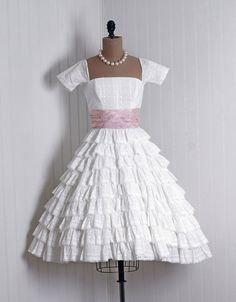 Every time I come across a super cute, vintage-looking puffy dress I immediately try and think where I could wear such an outfit.  Needless ...