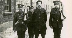 Leaders of the 1916 Easter Rising: Éamon de Valera - The Wild Geese Ireland 1916, Dublin Ireland, Irish Independence, Irish News, Old Irish, Irish Art, Easter Rising, Irish Times, Michael Collins
