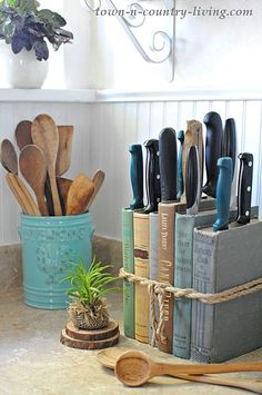 Make a farmhouse knife holder for your kitchen with vintage books.