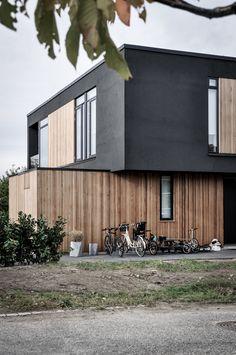 House Cladding, Exterior Cladding, Facade House, Timber Cladding, Facade Design, Exterior Design, Architecture Details, Modern Architecture, Renovation Facade