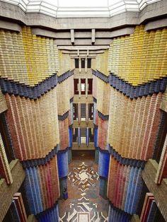 Hoechst AG building - Peter Behrens, DE