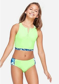 Swimsuits For Tweens, Little Girl Swimsuits, Kids Swimwear, Bikini Girls, Preteen Girls Fashion, Tween Girls Clothing, Little Girl Leggings, Little Girl Models, Justice Clothing