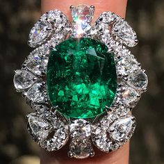 7 carat cocktail ring from our 'Shanghai, Shanghai' collaboration with top Chinese jeweller - The centre stone is certified 'minor' by and is set with several E colour diamonds. Emerald Jewelry, Diamond Jewelry, Beaded Jewelry, Emerald Rings, Columbian Emeralds, Mom Ring, Fantasy Jewelry, Stone Jewelry, Or Rose