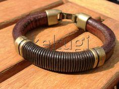 men brown leather bracelet with brass spacer от kekugi на Etsy, $32.00