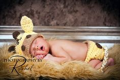 Baby Boy Baby Girl Giraffe Hat Giraffe Photo Prop and by Baby Diy Projects, Crochet Projects, Cute Giraffe, Giraffe Baby, Sock Monkey Hat, Crochet Baby Hats, Baby Love, Baby Baby, Future Baby