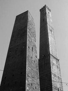 le due torri a Bologna