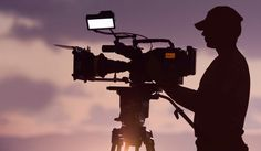 Cinematography Manual: The Ultimate Guide to Becoming a Director of Photography