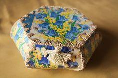 crochet box_blue bells Vintage Crafts, Vintage Paper, Card Basket, Old Greeting Cards, Crochet Box, Gift Wraping, Diy Cardboard, All Craft, Christmas Cards