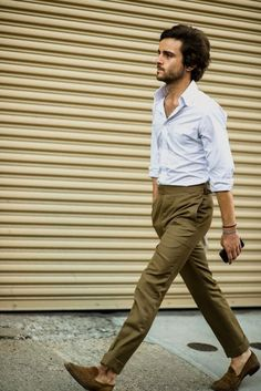 Street style from New York Fashion Week SS 17 from our photographer, out spotting trends on the catwalks and pavements New York Fashion Week Street Style, New York Style, Street Fashion, Streetwear, Outfits Hombre, New York Mens, Dress For Success, Gentleman Style, Fashion Tips