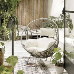 Are you interested in our indoor outdoor chair? With our macrame egg chair you need look no further. Metal Chairs, Cool Chairs, Patio Chairs, Outdoor Chairs, Indoor Outdoor, Leather Chairs, Pink Chairs, Dining Chairs, Outdoor Living