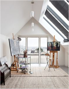 The underlying fact in the home studio design ideas is utmost creativity and productivity. Home studio is not one of the conventional desig. Home Art Studios, Studios D'art, Art Studio At Home, Art Studio Spaces, Art Studio Room, Studio Studio, Garage Studio, Artist Studios, Design Studios