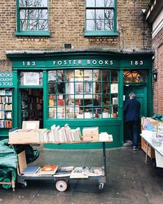 Foster Books in Chiswick, London, selling old and rare books Old Books, Vintage Books, Book Cafe, Book Aesthetic, Shop Fronts, Book Nooks, Library Books, Love Book, Great Britain