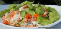 Wegetariańska Kuchnia: Kopytka groszkowe z kremowym sosem marchewkowym