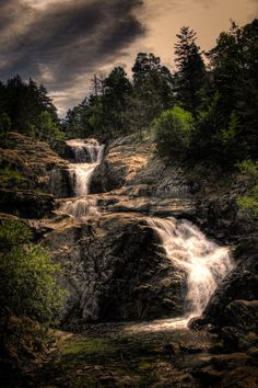 Cascada de l'Esperit Sant (un bocí més gros), Aigüestortes (Catalonia)