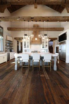 Kitchen Interior Rustic Kitchen Rustic Kitchen Gorgeous textures were added to this rustic kitchen with reclaimed wood floors, shiplap walls, reclaimed beams and reclaimed barn wood Farmhouse Interior, Home Interior, Interior Design Kitchen, Texas Farmhouse, Rustic Farmhouse, Pantry Interior, Farmhouse Design, Kitchen Designs, Rustic House Design