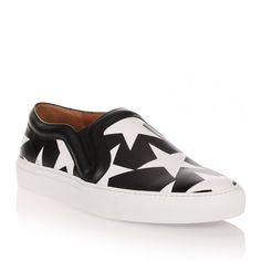 Givenchy Black white stars slip-on ($750) ❤ liked on Polyvore featuring shoes, sneakers, black, slip on shoes, slip-on sneakers, black slip-on shoes, black and white sneakers and givenchy sneakers