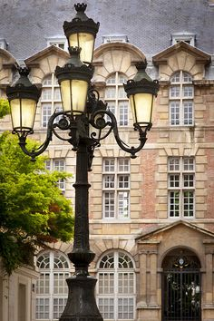 Lamppost in Place de Furstenberg with Institut d'Études Augustiniennes (founded 1867) beyond. © Brian Jannsen Photography