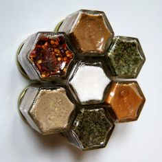 BASIC KIT: Magnetic Spice Rack for Fridge. Includes 7 Organic Herbs and Spices for those Starting Out or Starting Over. Gneiss Spice,http://www.amazon.com/dp/B009G9NDWI/ref=cm_sw_r_pi_dp_Zkpbtb1350FRRGDF