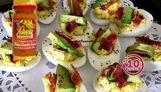 Surinaams eten – Gevulde eieren met avocado en bacon