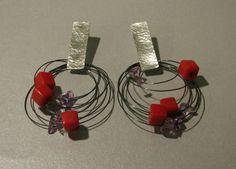 Eva Franceschini - earrings 2012 - cubi rossi di vetro