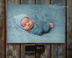 Canvas & USB Product package Newborn Photography