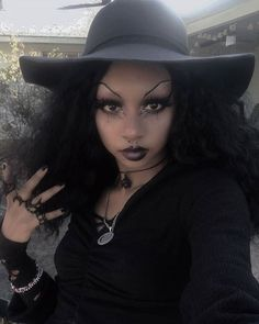 ⁣SpiderSilk Midi Ring, Rhea Ring, Lupus Ring, Embraced Midi Ring & Draco Choker on this stunning witch 🖤 Free international shipping on orders over . Black Girl Aesthetic, Goth Aesthetic, Black Girls, Black Women, 90s Grunge Hair, Afro Punk Fashion, Punk Makeup, Dark Beauty Magazine, Alternative Makeup