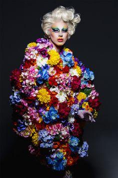 AQUARIA | ウィメンズ&メンズファッション誌『FREE MAGAZINE』