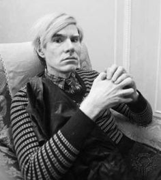 Andy Warhol...his art is inconsequential compared to his prophetic musings on celebrity, art, consumerism and where culture in America was heading. GENIUS! Pop Art Artists, Famous Artists, Andy Warhol Art, Andy Warhol Quotes, David Lachapelle, Printmaking, Pablo Picasso, Arte Pop, American Artists