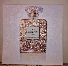 Coco Chanel No 5 Parfum Glitter Canvas Artwork My New Room, My Room, Room Art, Home Decor Accessories, Decorative Accessories, Chanel Decoration, Chanel Bedroom, Paris Bedroom, Glam Room
