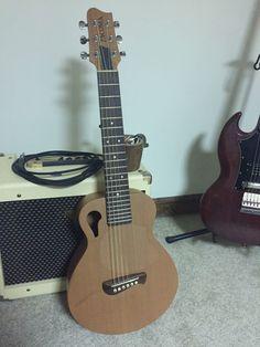 2002 Tacoma Papoose P1 Travel Guitar