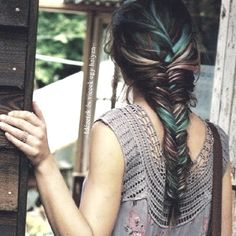 fish tail hair!! with streaks <3
