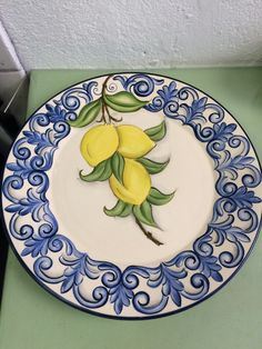 Italian Pottery, Ceramics Projects, Pottery Painting, Hand Painted Ceramics, Serving Plates, Ceramic Plates, Lettering Design, Amalfi, Sicily