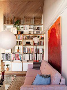 Täältähän ei muuteta! Näin 75-neliöinen ullakkoasunto taipuu lapsiperheen toimivaksi kodiksi - Deko Bookcase, Dining Room, Shelves, Interiors, Stylish, Home Decor, Deco, Shelving, Decoration Home