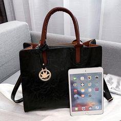 3 Set Designer Women Leather Crossbody Bags – KES Store Burberry Handbags, Leather Handbags, Leather Crossbody Bag, Pu Leather, Crossbody Bags, Insulated Lunch Bags, Purse Styles, Shoulder Purse, Messenger Bag
