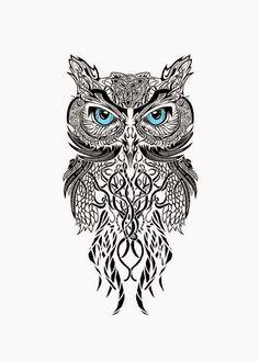 ein uhu mit blauen augen   idee für einen schwarzen großen owl tattoo