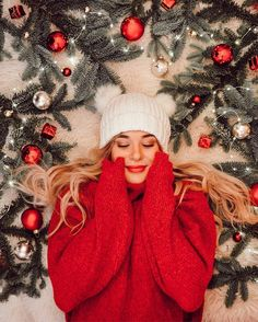 Cute Photography, Christmas Photography, Photography Poses Women, Portrait Photography, Travel Photography, Cute Christmas Wallpaper, Family Picture Outfits, Insta Photo Ideas, Foto Pose
