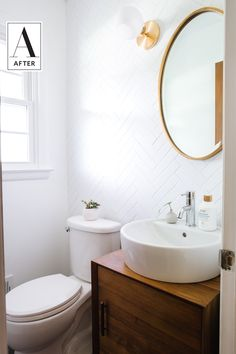 Before and After: First-time DIYers Rescue a Fishy, Fugly Floral Small Bathroom