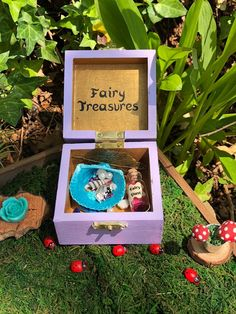Excited to share the latest addition to my #etsy shop: Fairy Treasure Box, Miniature Doll Fairy Accessories https://etsy.me/2MQwzxA #housewares #outdoor #gardendecor #fairygarden #fairyhouse #fairyaccessories #fairytreasures #fairydust #miniatures Painted Shells, Resin Flowers, Fairy Dust, Treasure Boxes, Miniature Dolls, Fairy Gardens, Fairy Houses, Wooden Boxes, Faeries