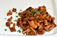 Ciuperci cu quinoa si spanac - CAIETUL CU RETETE Kung Pao Chicken, Meat, Mozzarella, Quinoa, Ethnic Recipes, Food, Vegans, Essen, Meals