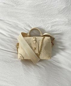 Spice Things Up, Beige, Detail, My Style, Sneakers, Gold, Accessories, Jewelry, Fashion